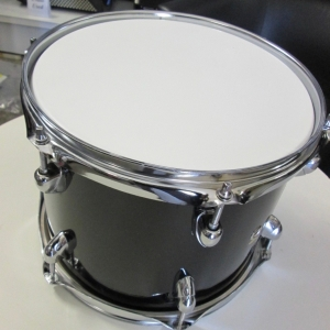 SOUNDSATION TOM PER BATTERIA 12'X9' IN PIOPPO 6 STRATI COMPLETA DI PELLI FINITURA NERO diametro foro 22mm